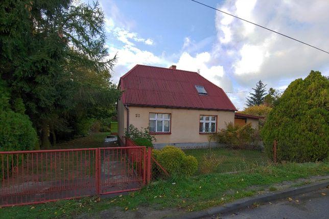 Wynajmę dom z garażem w Janowcu Wielkopolskim 80m2 +duża działka