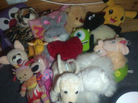 Іграшки ,м'ягкі іграшкі ,подушки