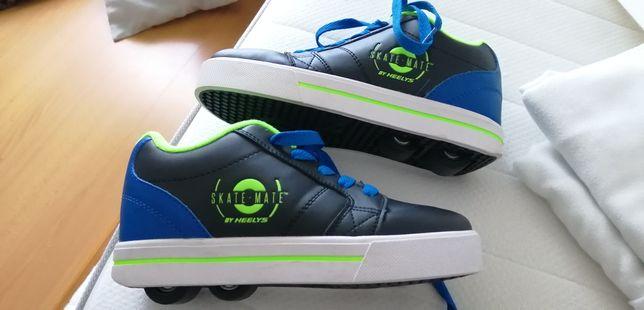 Tênis com rodinhas skate-mate