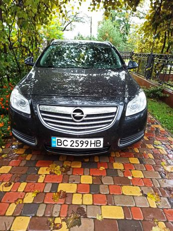 Opel Insignija 2010