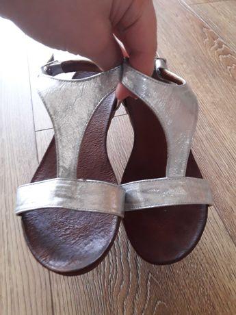 Sandały srebrne venezia