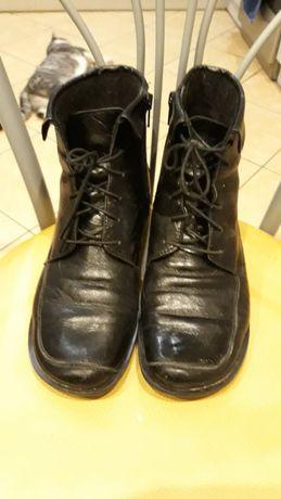 Sprzedam buty skórzane całe 38 r
