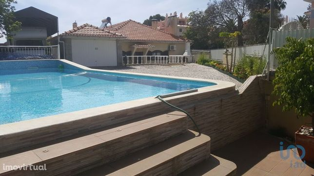 Moradia - 370 m² - T5