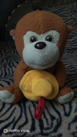 Продам поющую обезьянку.