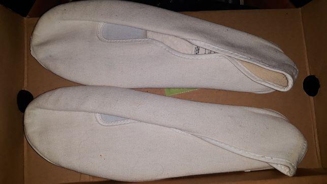 Sapatilhas chinelos