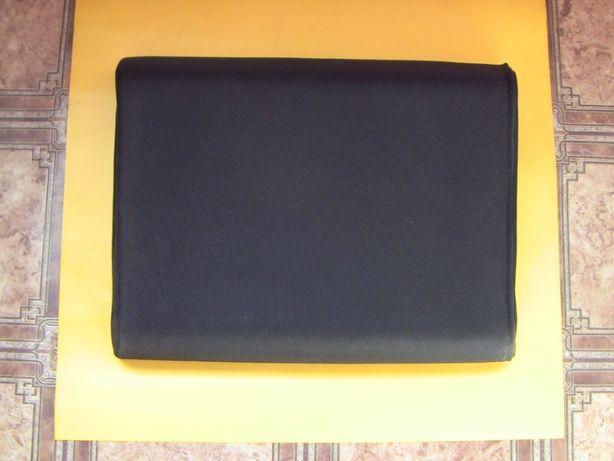Подставка для ноутбука для сохранения осанки зрения