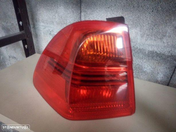 Farolim Trás Esq. BMW Serie 3 E91