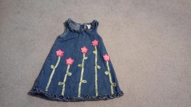 Dziewczęca sukienka na 3 lata