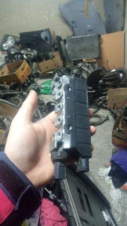 Ремонт блок клапанов пневмо мерседес  w220 s500 s400 s320