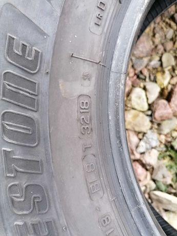 215/70r15C Bridgestone duravis komplet