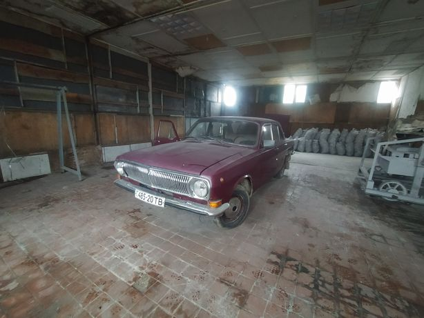 Авто волга ГАЗ-24