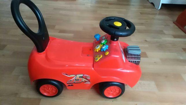 Детская машина-толокар, беговел
