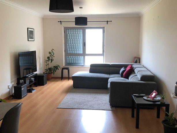 Apartamento T2 c/terraço