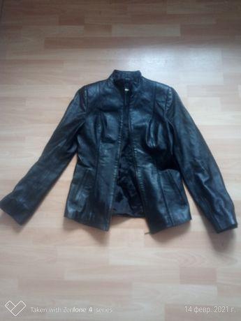 Кожаная женская куртка Colezionni , Italy Италия, 40 размер
