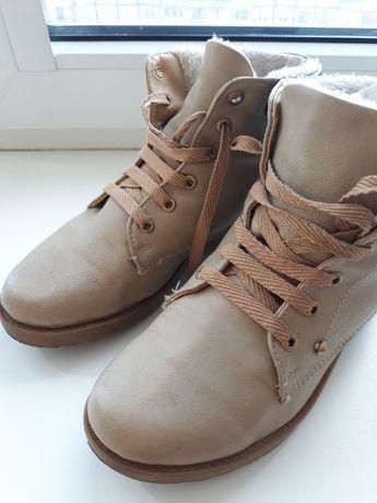 Ботинки женские б/у 37 размер 24см по стельке