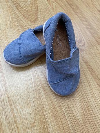 Мокасіни next, синього кольору на липучці. Розмір 4, 11,5 см