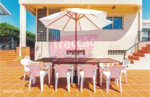 Moradia T4 Miramar (Arcozelo) | Terraço e Jardim