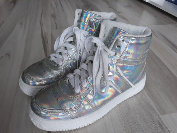 Super buty adidasy srebrne holograficzne CROPP rozm. 36