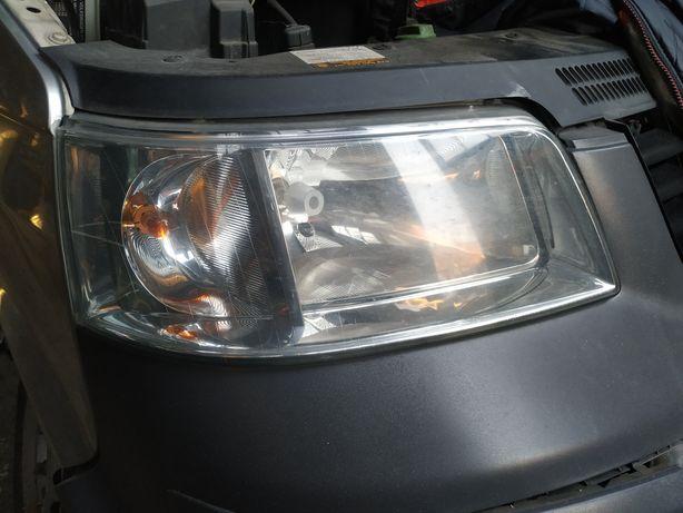Lampy przód VW T5 lewa prawa