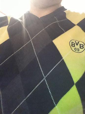 sweterek i czapka B.V.B Dortmund