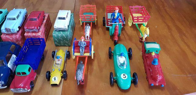 Brinquedos Pepe entre outros
