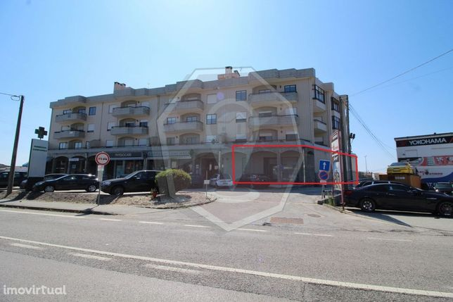 Loja, 349 m2 Branca  - Albergaria-A-Velha