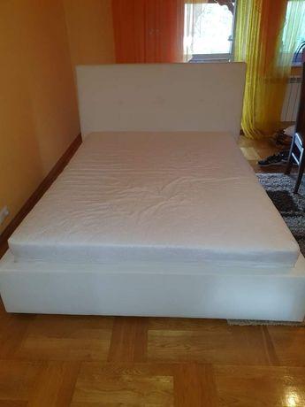 Łóżko ze stelarzem 160x200