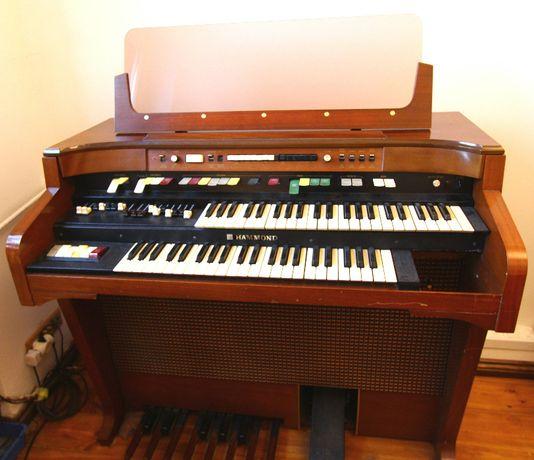 Organy Hammond T-524