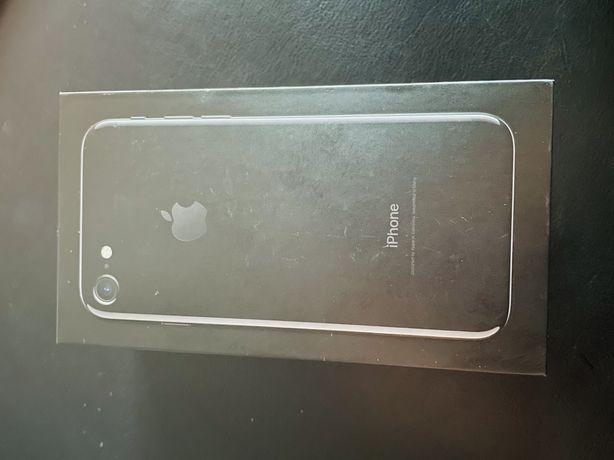 iPhone 7 czarny 32 GB