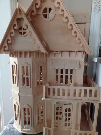 Domek drewniany do zabawy