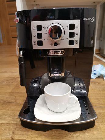 DeLonghi Magnifica S ekspres do kawy