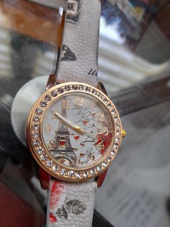 Zegarek wieża Eiffla
