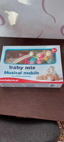 Музыкальный мобиль на манеж