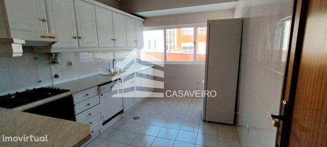 Apartamento T2 terraço, perto da Universidade Aveiro