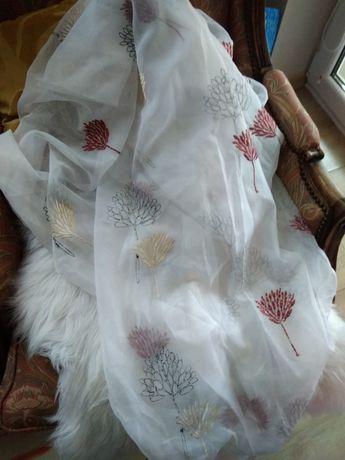 Firanki białe haftowane 140 x 235