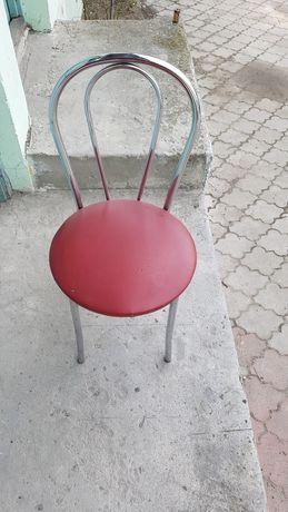 Sprzedam 25 krzeseł cena za sztukę