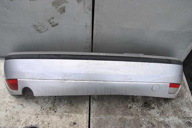 Ford Focus MK1 HB zderzak tył