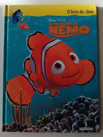À Procura de Nemo (o livro do filme), da Disney