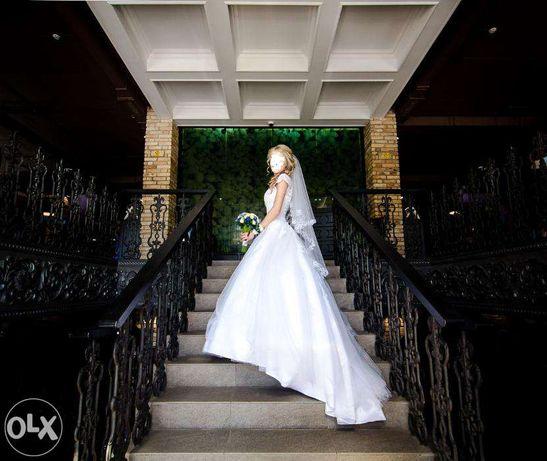 Свадебное платья (Луцьк). Весільна сукня