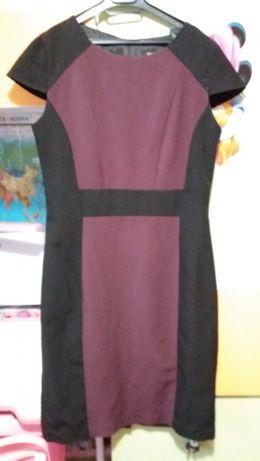 отличное платье фирменное размер м или 10 в новом состоянии 120гр