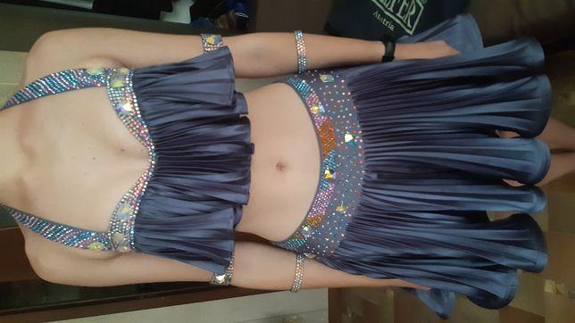 Продам платье для бальных танцев ( латина)