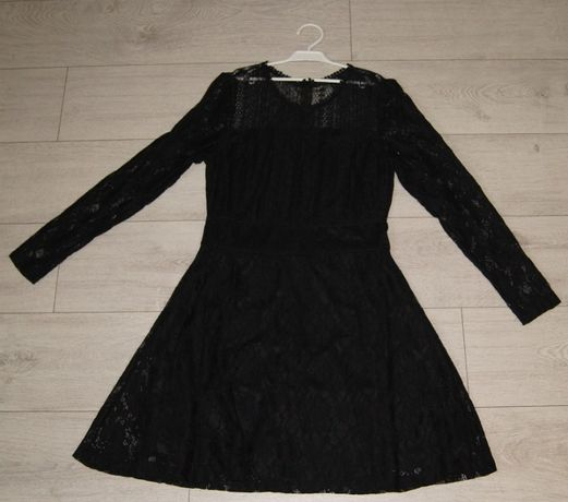 Koronkowa delikatna sukienka rozm 38