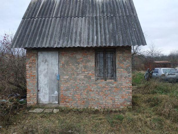 Дача, земельний участок 12 соток (2 участка по 6 ст.) с.Лаврів