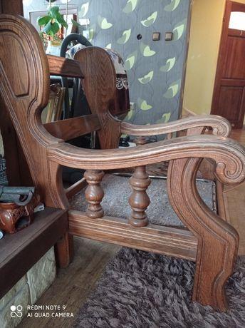 Dębowy fotel kolor złoty dąb