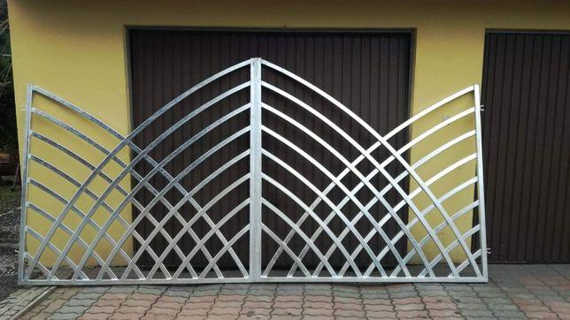 Brama wjazdowa uchylna