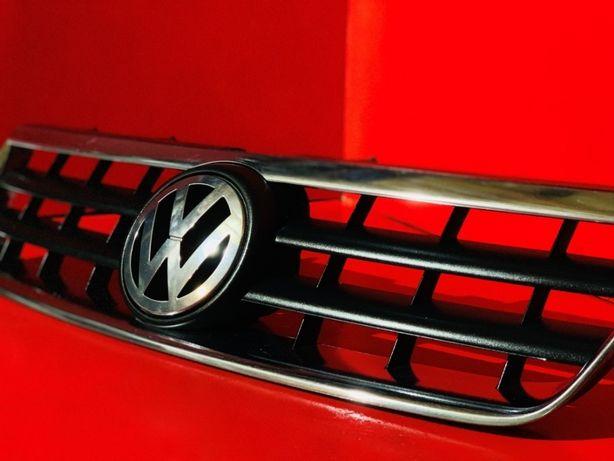 Решетка радиатора Решотка Решётка Решотки Volkswagen Touareg