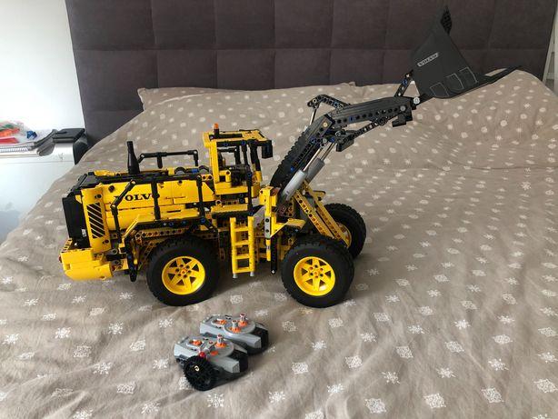 Lego Technic 42030 Volvo L350F, Fadroma
