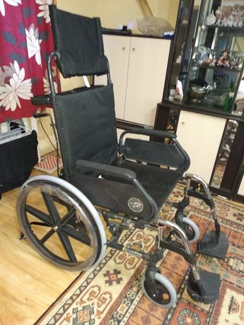 Инвалидная коляска, візок