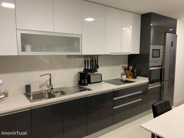 Apartamento T2 Moderno | Arrendamento