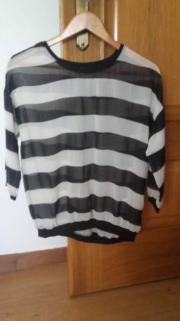 Camisa Preto e Branca